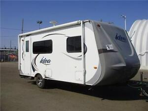EASY to TOW **$84 b/w (oac)** ULTRA LITE, QUEEN BED, 2940 lbs!