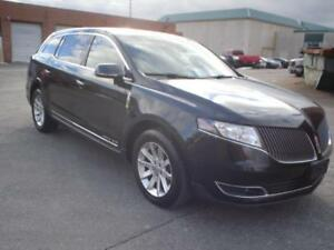 2014 Lincoln MKT 4dr Wgn AWD w/Livery Pkg