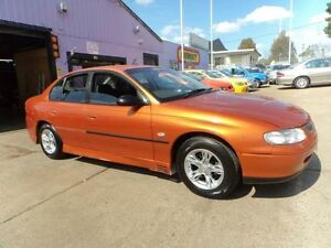 2000 Holden Commodore Vtii Executive Orange 4 Speed Automatic Sedan North St Marys Penrith Area Preview