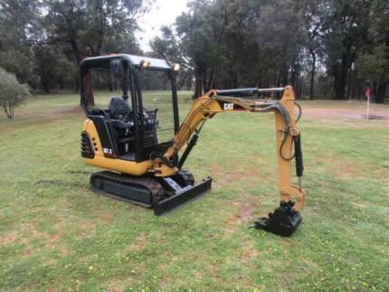 Caterpillar Excavator 301.8, with hydraulic widening tracks