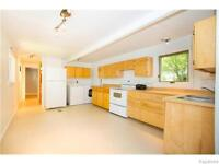 19 Bonneteau Avenue: Beautiful lot and well kept home!!!