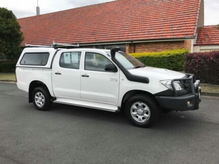 2010 Toyota Hilux KUN26R SR White 4 Speed Automatic Dual Cab Chermside Brisbane North East Preview