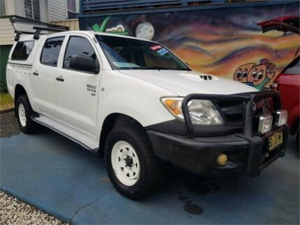 2007 Toyota Hilux KUN26R 06 Upgrade SR (4x4) White 5 Speed Manual Dual Cab Pick-up South Lismore Lismore Area Preview