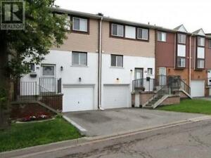 Lovely Town Home,3Beds,2Baths,66 MOREGATE CRES, Brampton