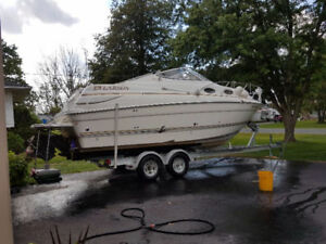 Larson 240 Cabrio with Trailer - Low Hours -END OF SEASON STEAL