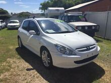 2003 Peugeot 307 2.0 White 5 Speed Manual Hatchback Belmont Lake Macquarie Area Preview