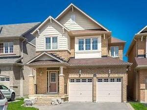 Stunning upgraded 4Bdrm Home in Desirable Richmond Hill