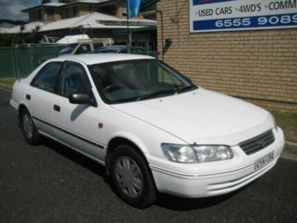 2000 Toyota Camry SXV20R CSi White 4 Speed Automatic Sedan Tuncurry Great Lakes Area Preview