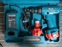 Makita 6226D 9.6v cordless drill, driver