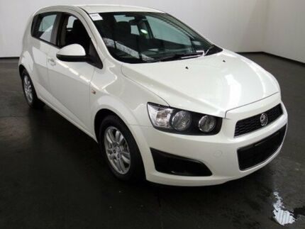 2013 Holden Barina TM MY14 CD White 6 Speed Automatic Hatchback Albion Brimbank Area Preview
