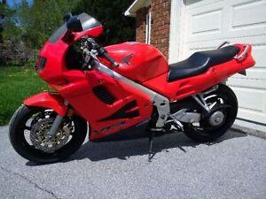 For sale - 1997 VFR750 - $2400 certified