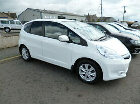Honda Jazz IMA HS (white) 2012-01-20