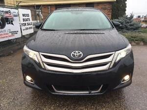 2015 Toyota Venza 3.5L AWD Limited NAV/leather/Panoramic Roof