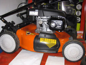2017 Husqvarna lawn mowers & brushcutters/trimmer/edgers