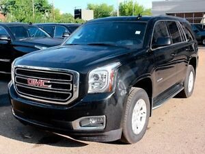 2015 GMC Yukon 4x4 LOW KM BLACK ON BLACK BOSE AUDIO FINANCE AVAI