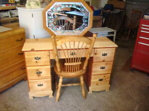 7drawer pine vanity with chair and  mirror(reduced to $130)