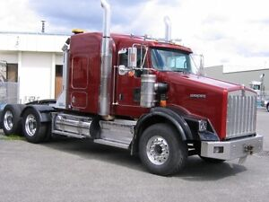 Kenworth T800 highway tractor