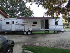 Camping Trailer 2008 Four Winds 38'
