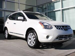 2011 Nissan Rogue NAVIGATION/LEATHER INTERIOR/HEATED FRONT SEATS
