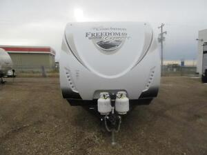 NEW 2016 FREEDOM EXPRESS 322 RLDS LE EDITION TT