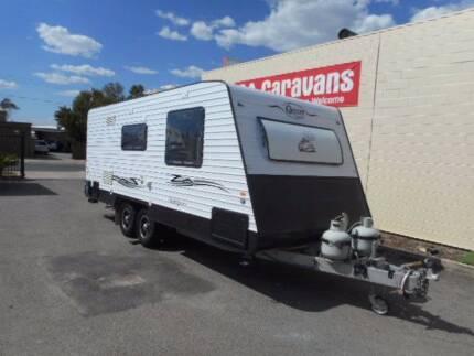 2014 Quantum Indulgence 20' Caravan
