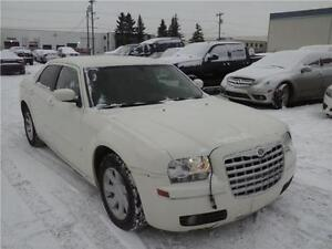 2005 Chrysler 300 Base-Inventory Clearance   Priced To Sell  