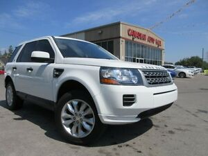2014 Land Rover LR2 4X4, LEATHER, ROOF, A/C, 33K!
