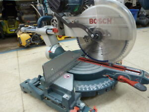 Bosch 12-in 15 Amp Dual-Bevel Glide Compound Mitre Saw