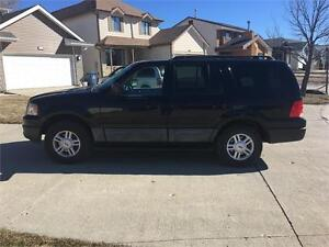 """2006 Ford Expedition XLT 4x4.  """"We Finance! Pay direct-No banks"""""""
