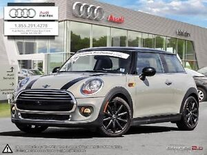 2014 Mini COOPER 6 speed with Sunroof INTERNET SPECIAL!