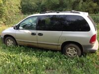 2000 Dodge Caravan - $400 OBO Trade for??Freezer