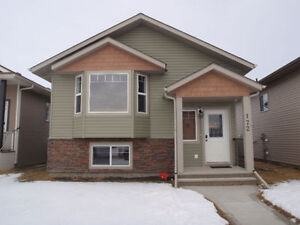 Four Bedroom house for rent in Penhold