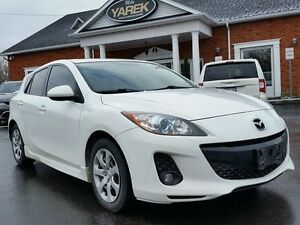 2012 Mazda MAZDA3 GS-SKY 6spd, Leather Heated Seats, Sunroof, Bl