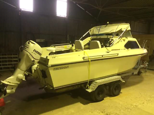18ft statesman regal fishing boat Snowtown Wakefield Area Preview