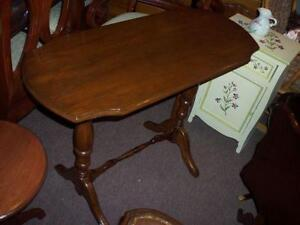"TABLE CONSOLE  36"" ANTIQUE"