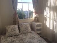 Double room to rent in beautiful Regency house