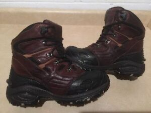 Men's Wind River Insulated Winter Boots Size 8 London Ontario image 2