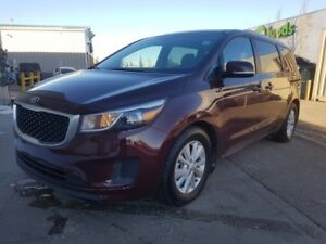 2016 Kia Sedona LX Heated Seats,  3rd Row,  Back-up Cam,  Blueto