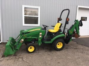 2016 John Deere 1025R TLB Package - Warranty June 2022