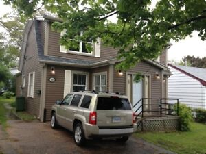 BACHELOR STUDIO FLAT - CLOSE TO HFX.