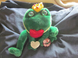 brand new Plush Kissing Frog London Ontario image 2