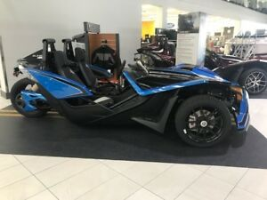 2018 Polaris SLINGSHOT SLR ELECTRIC BLUE / 89$/sem