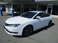 2015 Chrysler 200 S - Navigation, Leather, Sunroof, Loaded