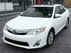 2014 Toyota Camry XLE NAVIGATION SUNROOF LOW KM FINANCE AVAILABL