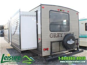 2016 Forest River Cherokee Grey Wolf 29DSFB Travel Trailer Windsor Region Ontario image 4