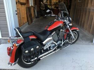 2000 Victory V92C Cruiser with low mileage