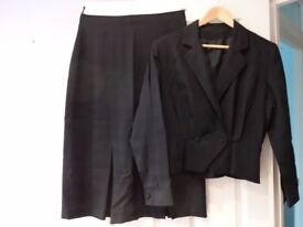Tailored ladies skirt suit in dark navy blue, UK size 16, designed by Michel Ambers