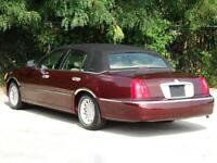 Miniature 5 Voiture American used Lincoln Town Car 2000