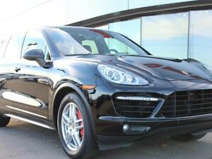 2013 Porsche Cayenne Turbo Local Edmonton Vehicle - Two Wheel Se