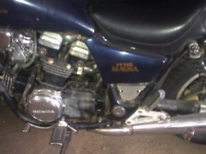 1982 Honda Magna VF750cc